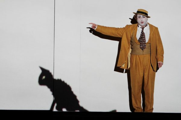 Rodion Pogossov as the bird-catcher Papageno